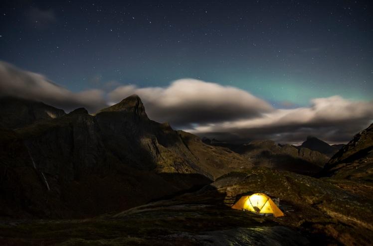 Tag 1 Polarlicht Zelt NAcht.jpg